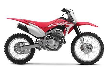 Honda introduit la technologie des motos de performance CRF à la gamme des motos hors route de sentier CRF 2019
